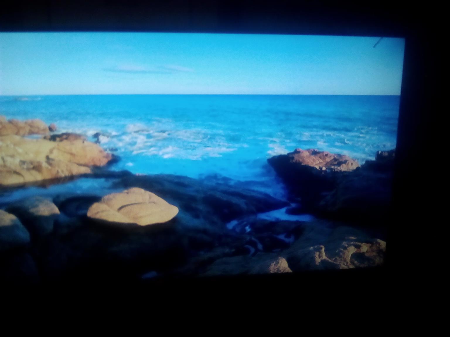"SMART TV flat screen  58"""