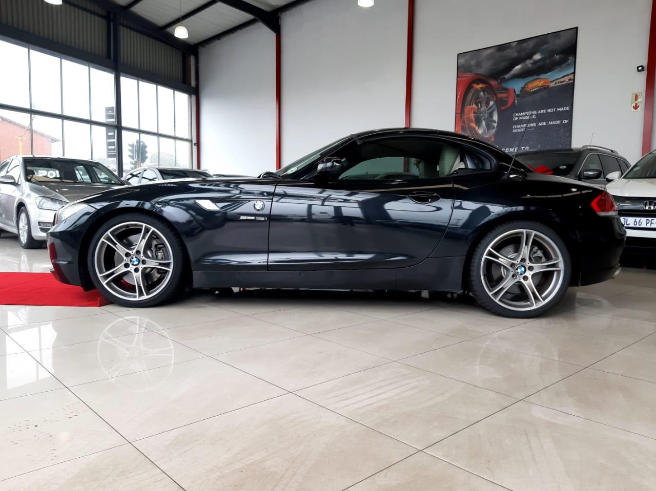 BMW Z4 SDrive 35i Design Auto