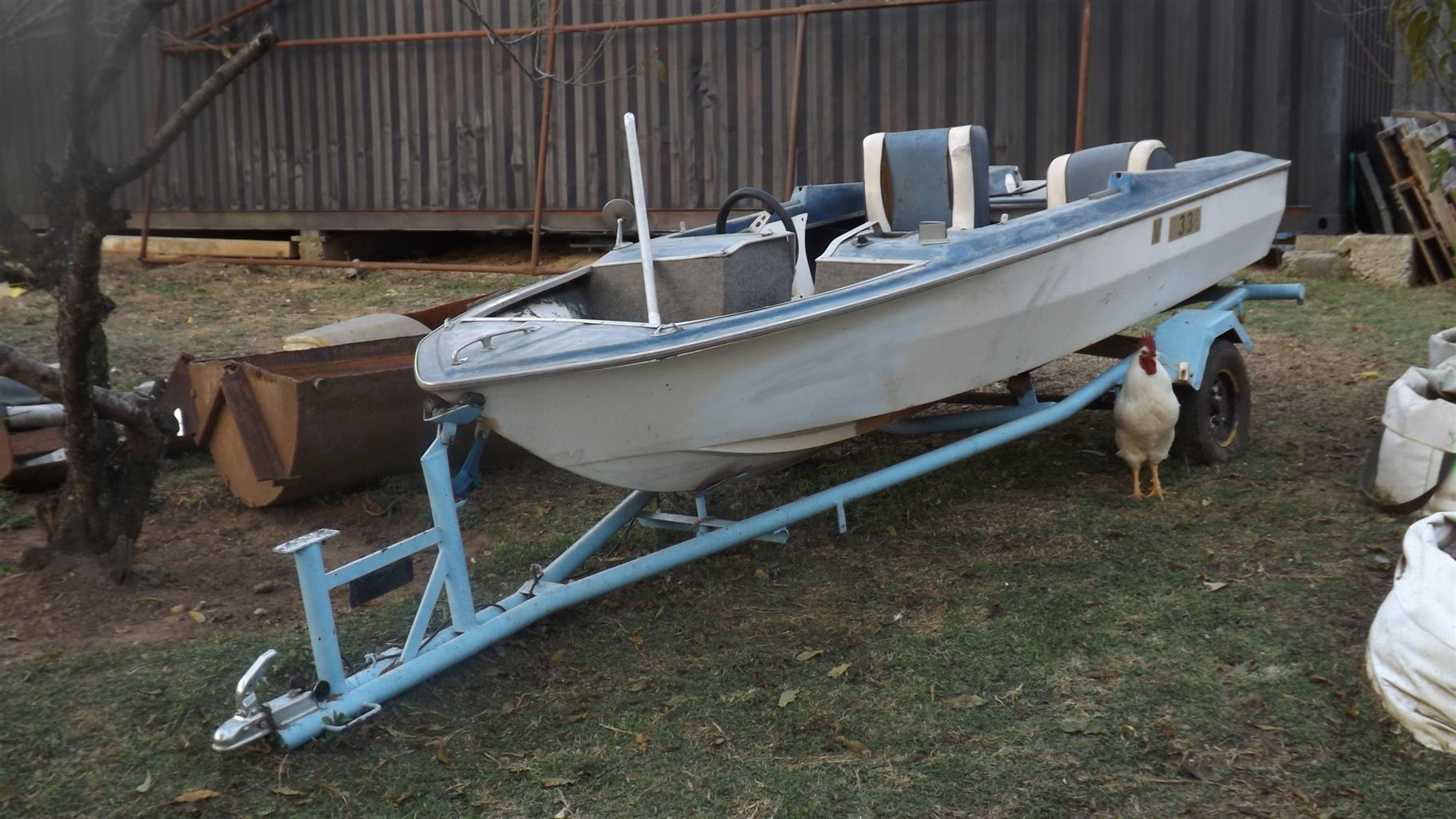 Boat with trailer .Project bass boat.