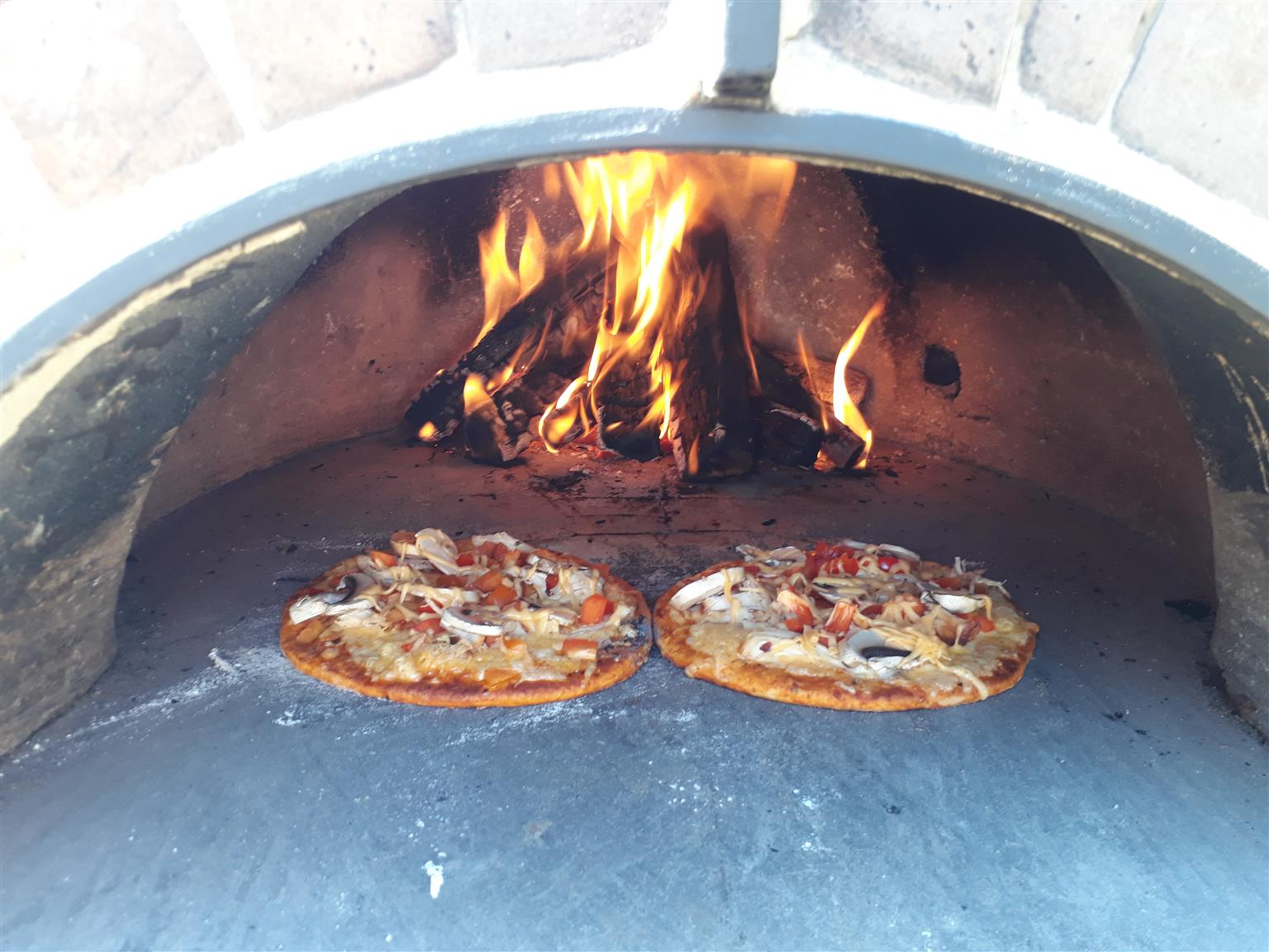 RENT PIZZA OVEN