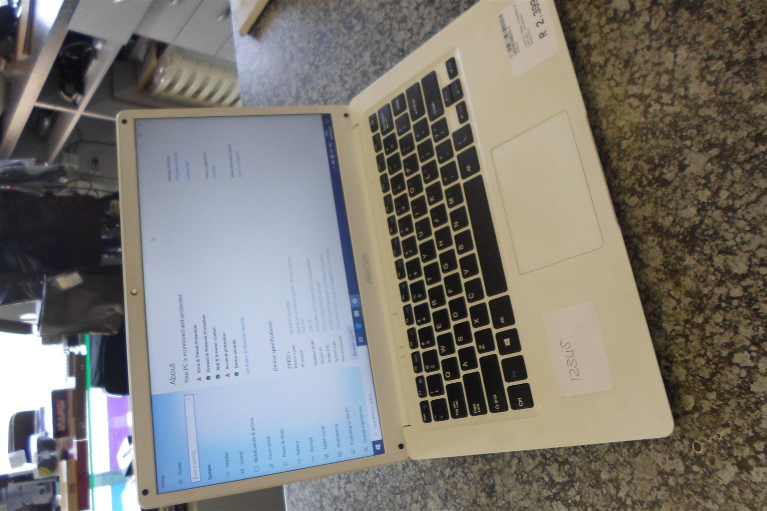 Mecer Laptop