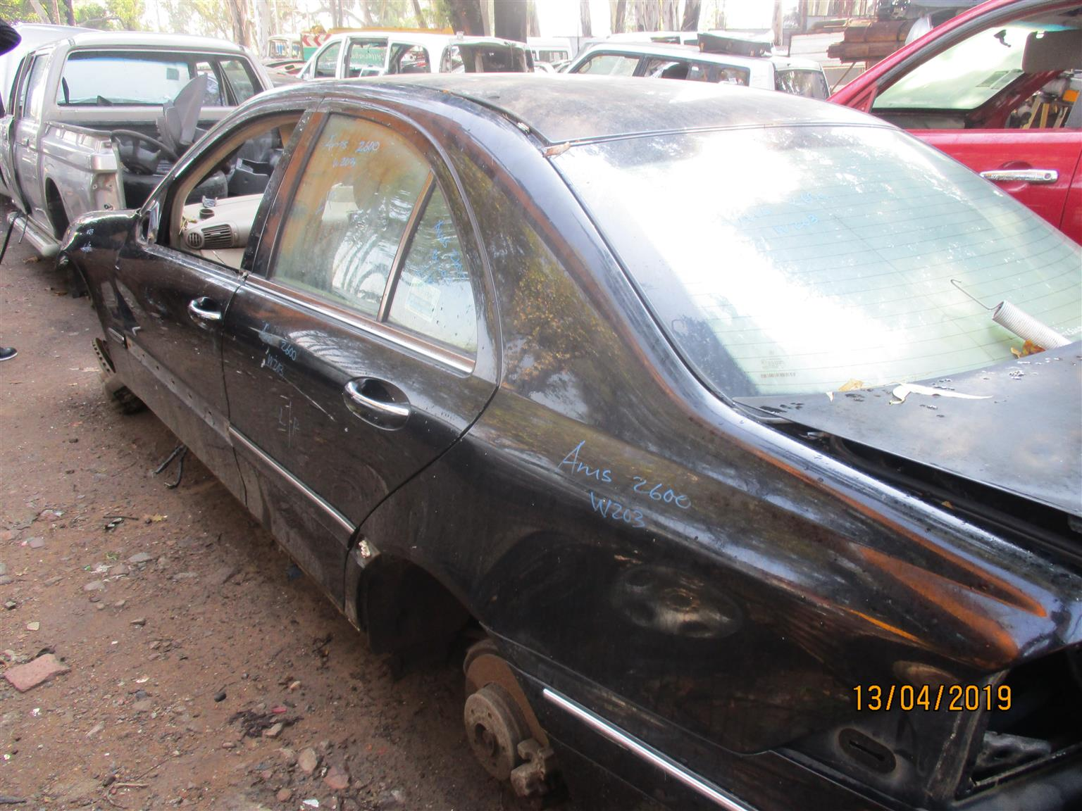 MERCEDES BENZ W203 C350 STRIPPING FOR SPARES