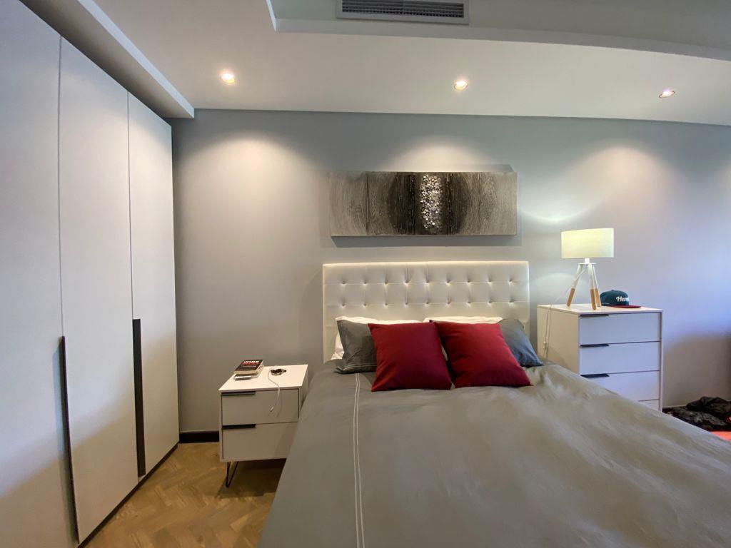 Apartment For Sale in Foreshore