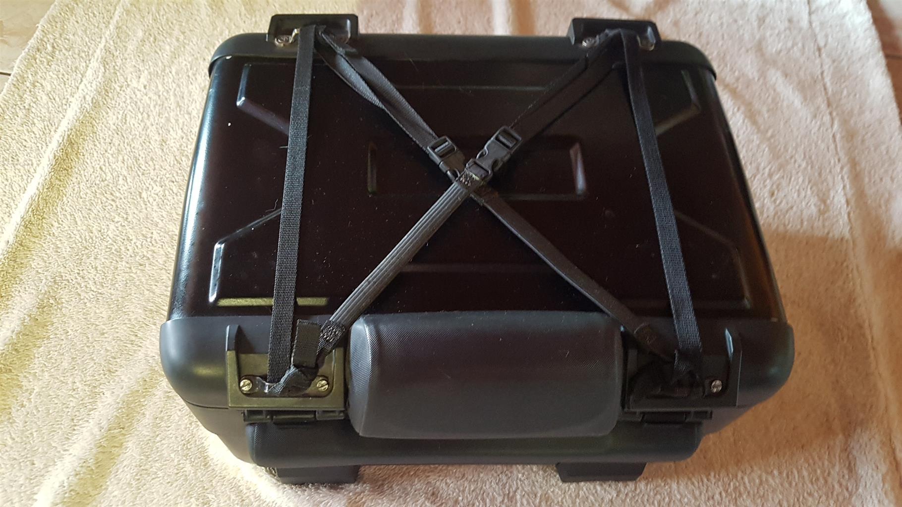 BMW Top Box and Bracket