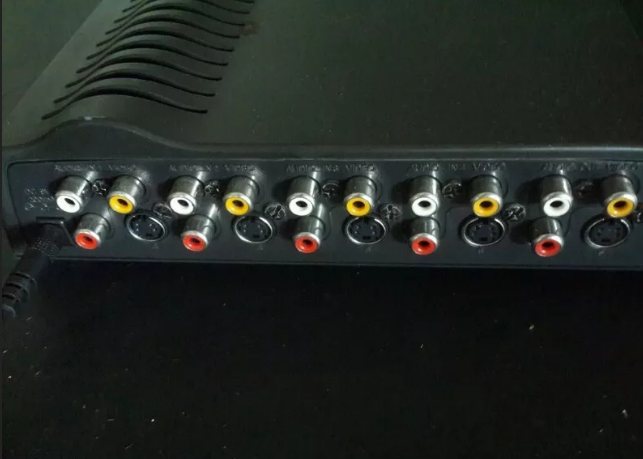 Zakspeed AV selector box converts single av input to 4 av ouputs