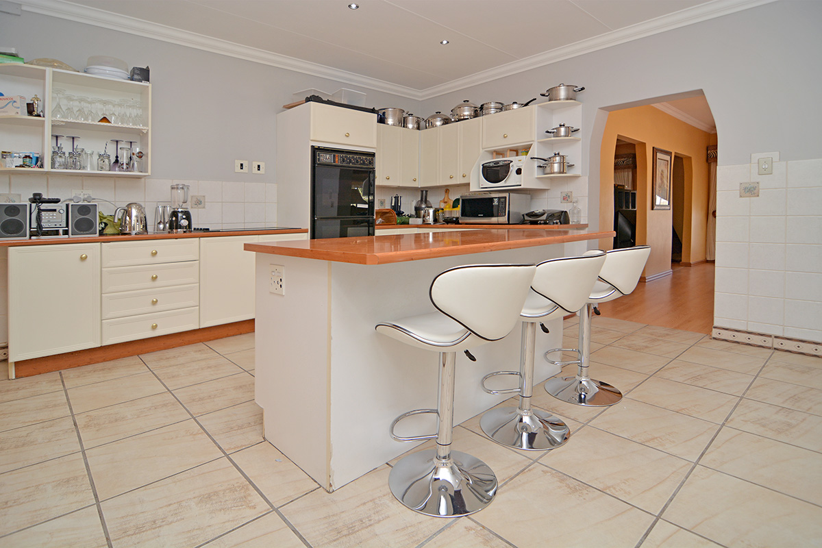 House For Sale in Northcliff Ext 19
