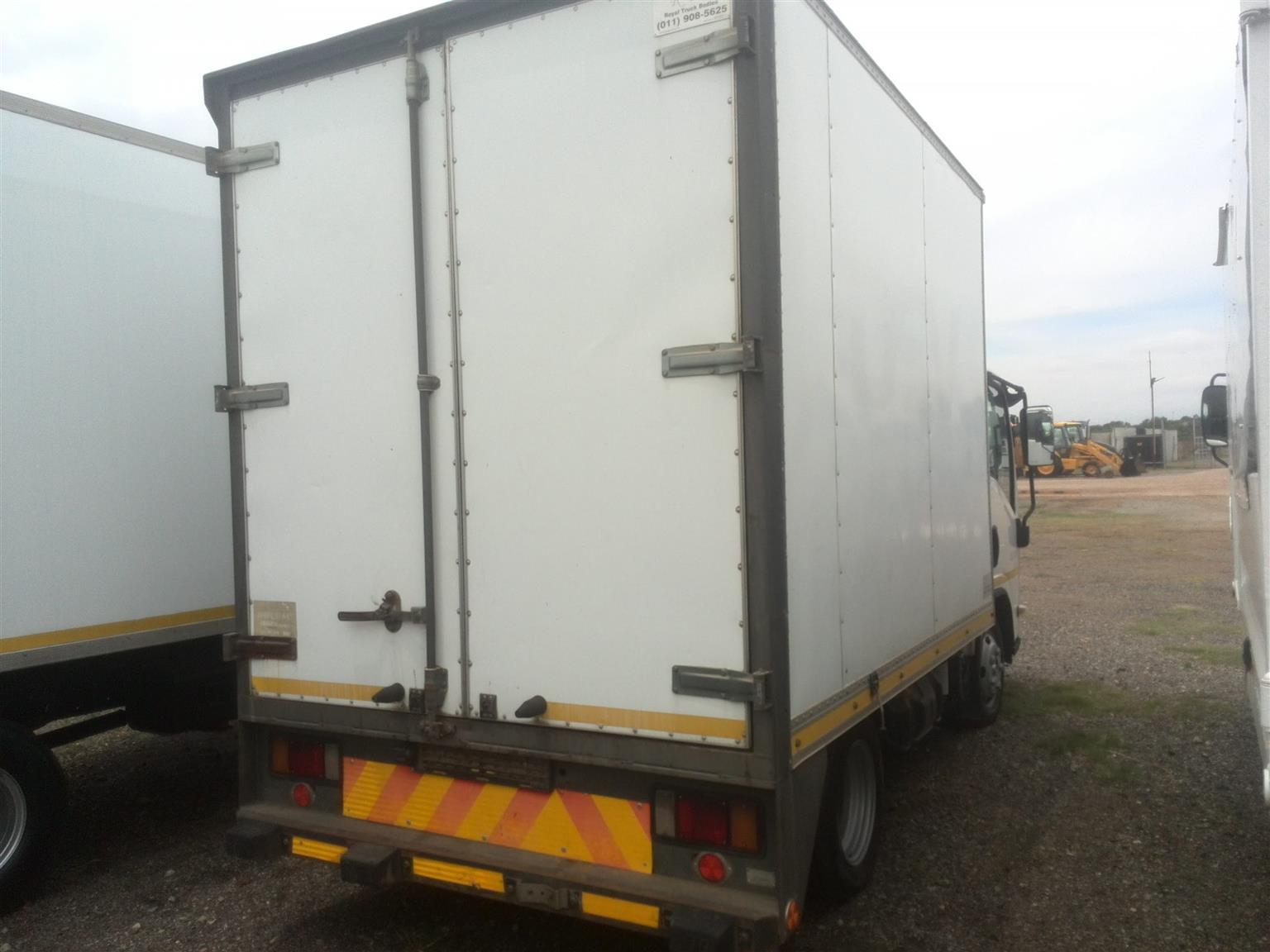 2013 - ISUZU TRUCK For Sale Posted by Lemeshen Pillay Ubuntu Truck Sales