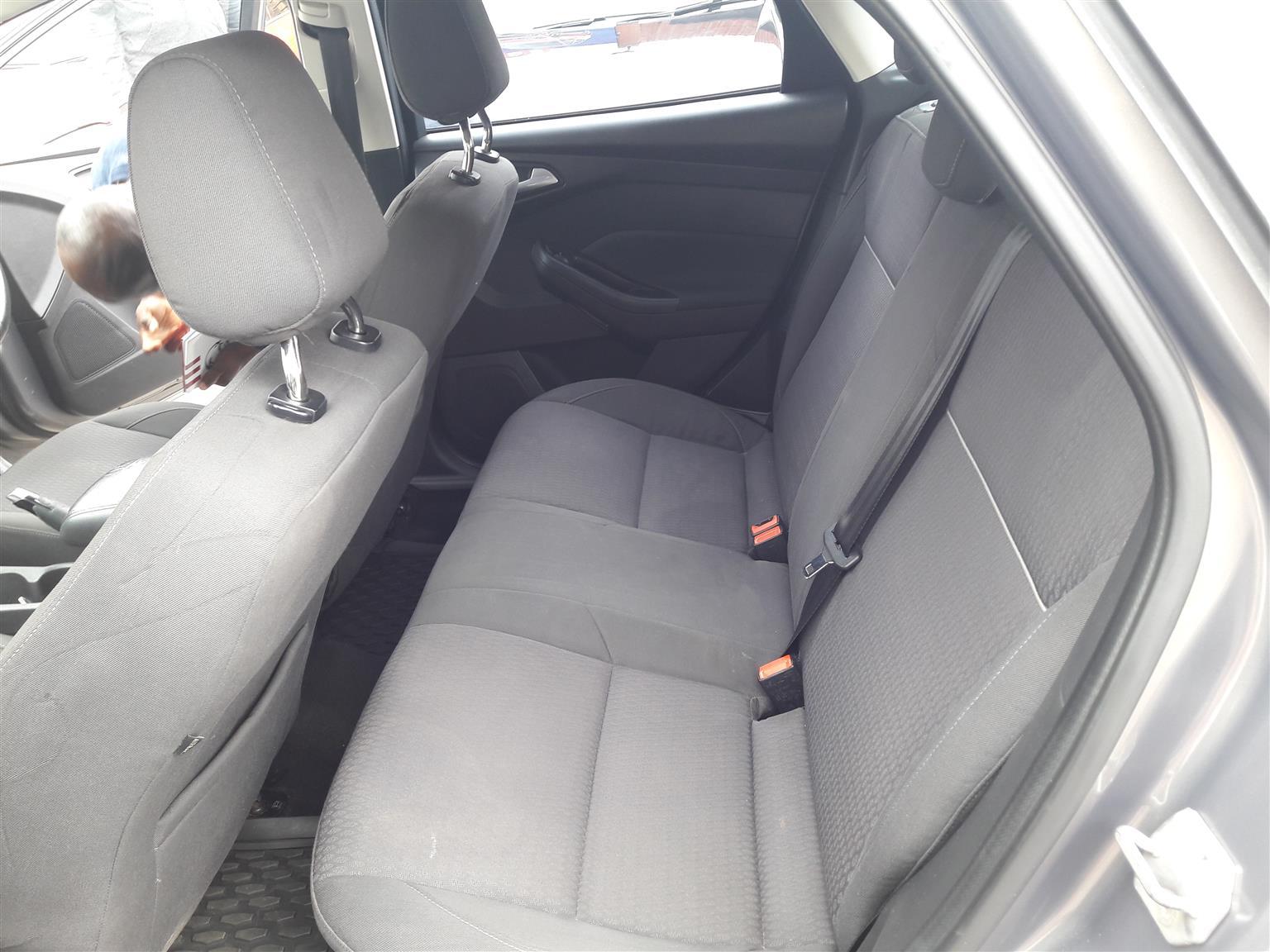 2013 Ford Focus 1.6 5 door Ambiente