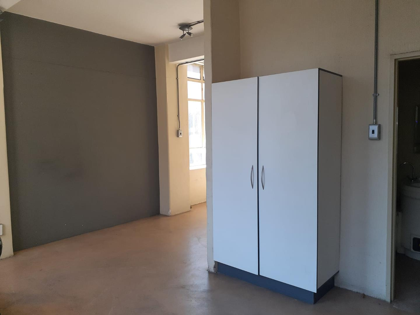 Apartment For Sale in Johannesburg