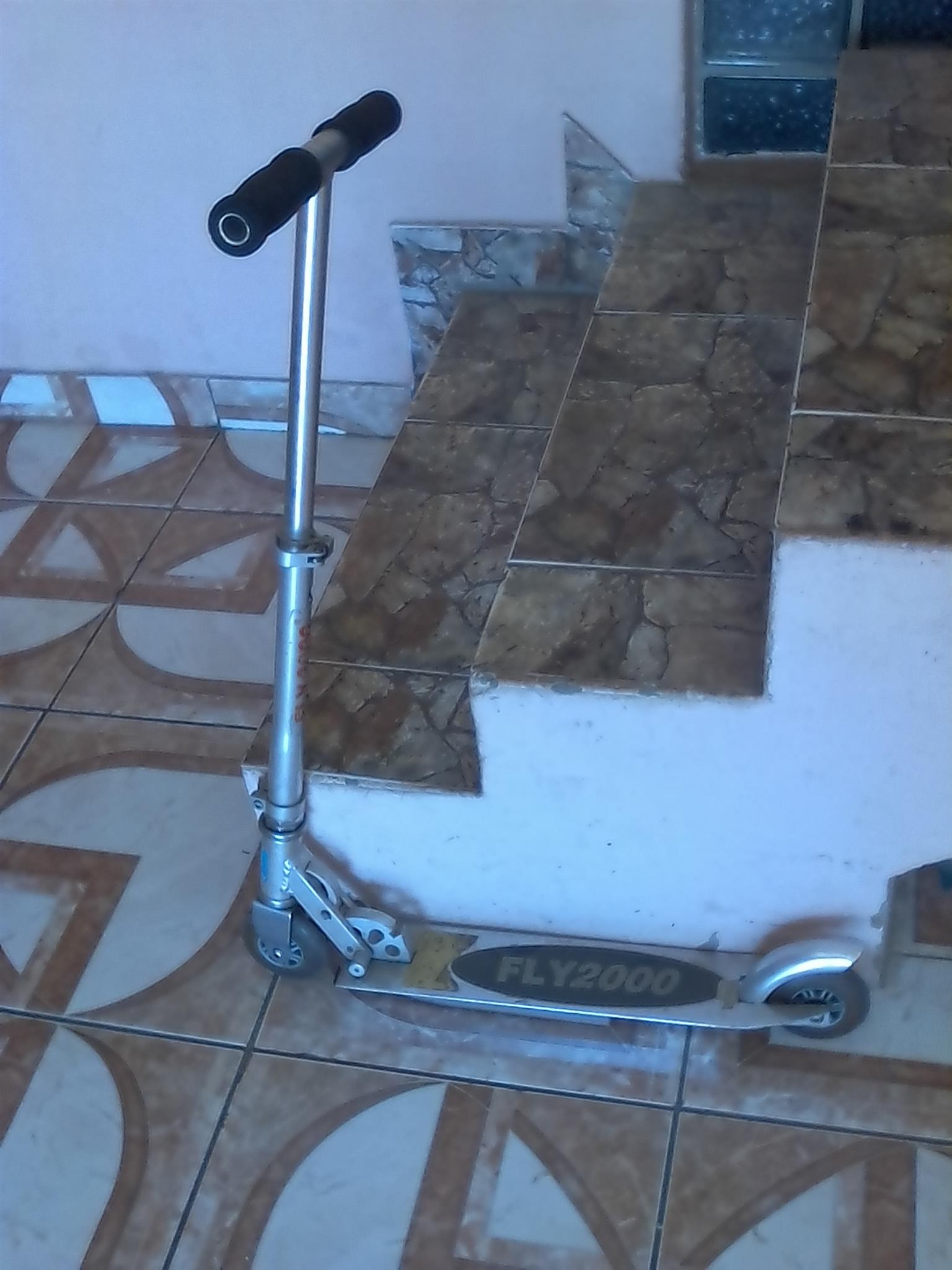 Scooter and skateboard excellent condition