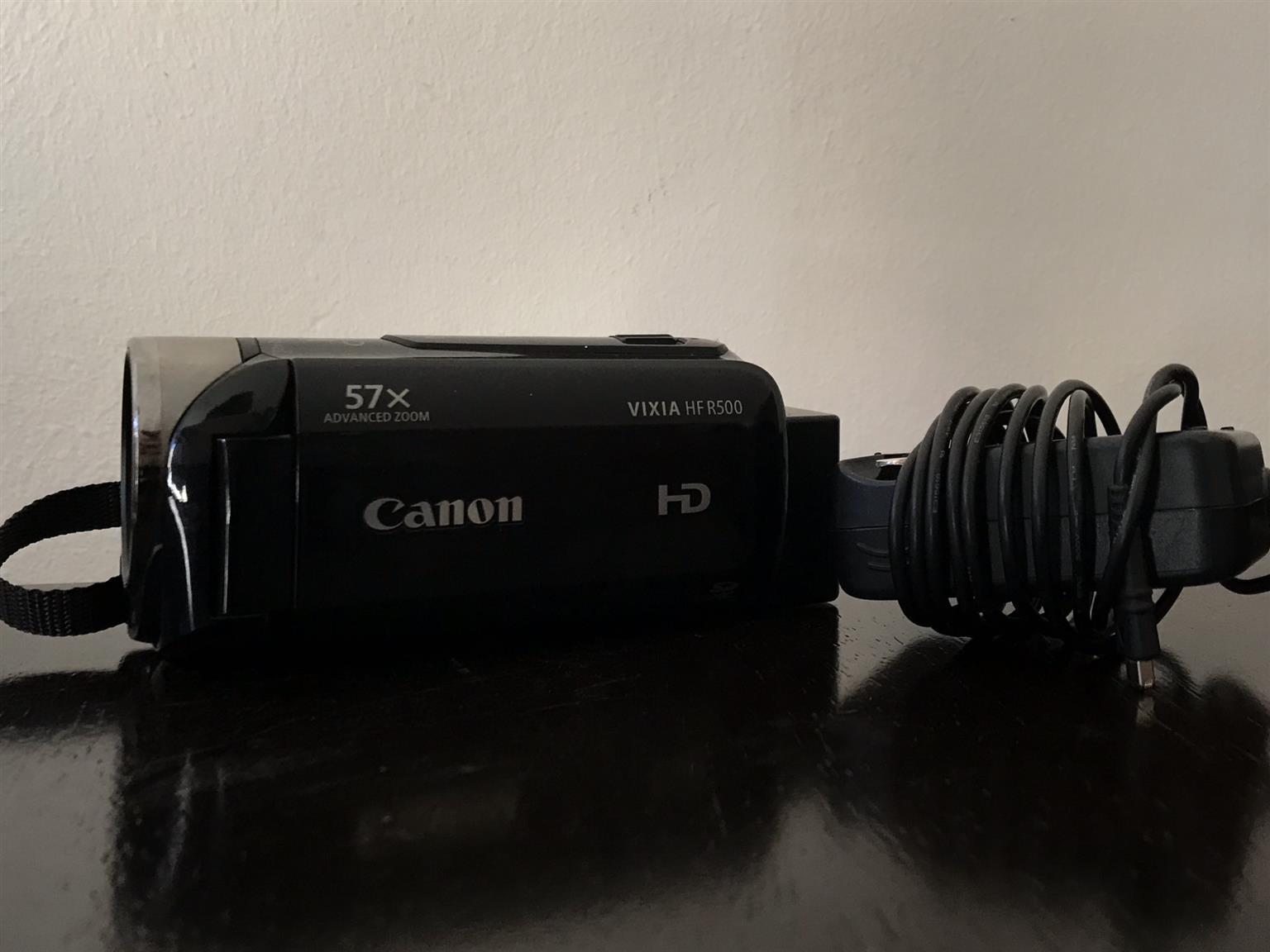 Canon Vixia HF R500 Camcorder