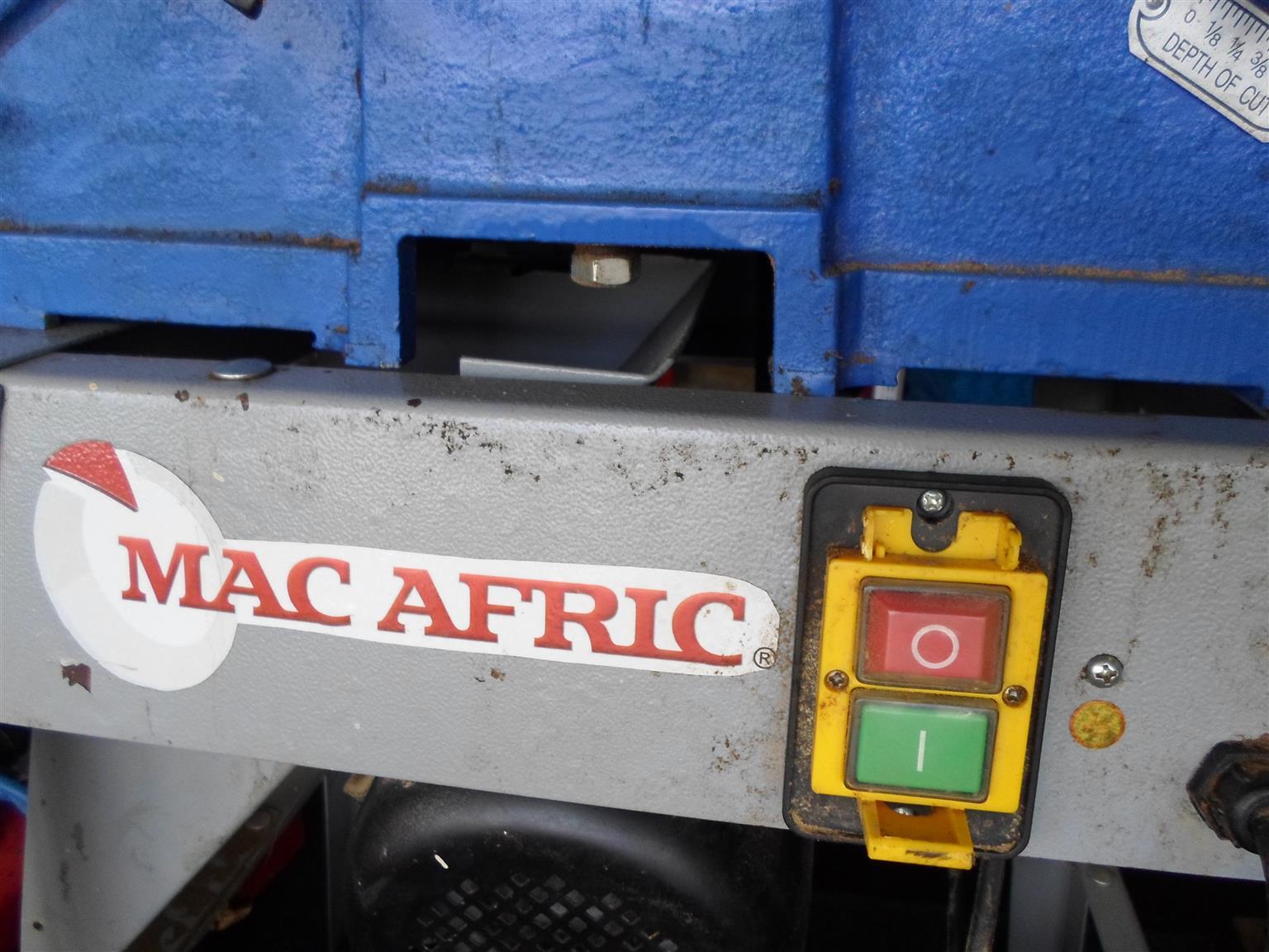 Mac Afric Planer
