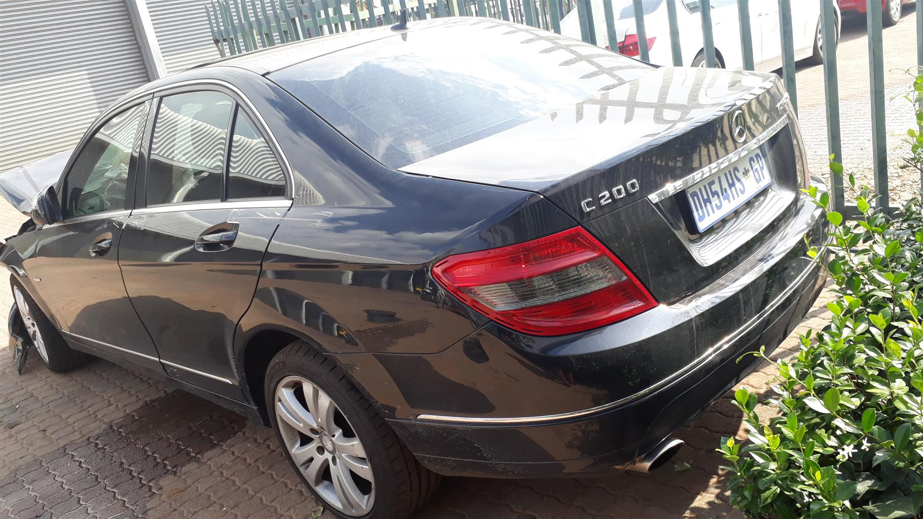 W204 KOMPRESSOR C200 SPARE PARTS FOR SALE