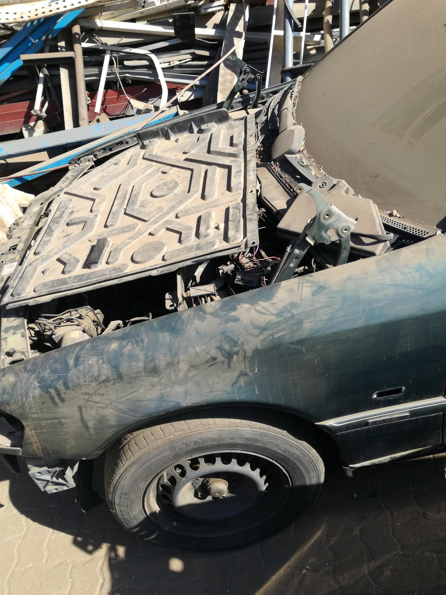 Cars for Stripping Mercedes Benz