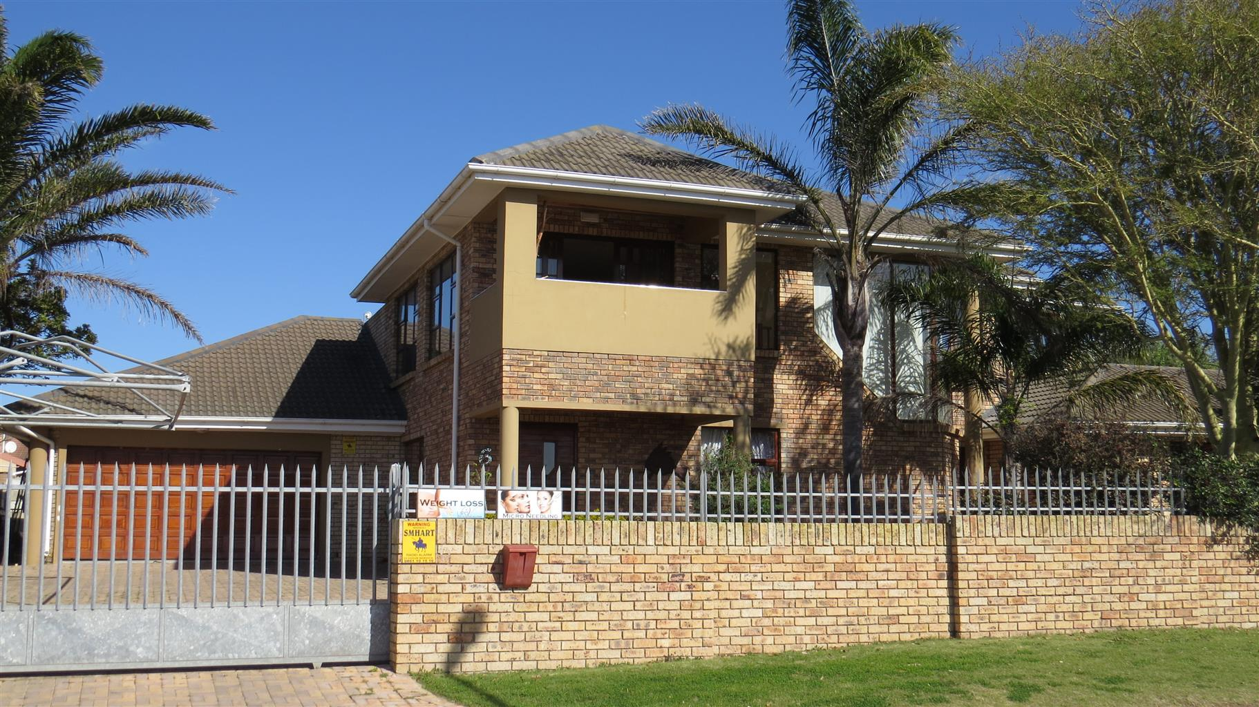 Beautifully Placed Family Home in Noorsekloofpunt Jeffreys Bay