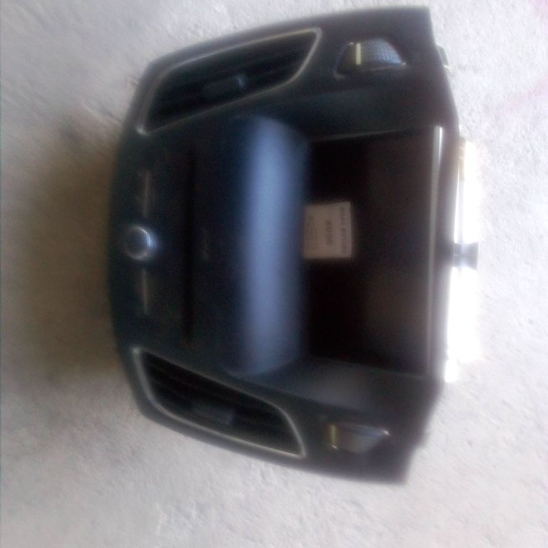 complete LCD radio, a/c vent and conttrol system for ford focus ST 2016