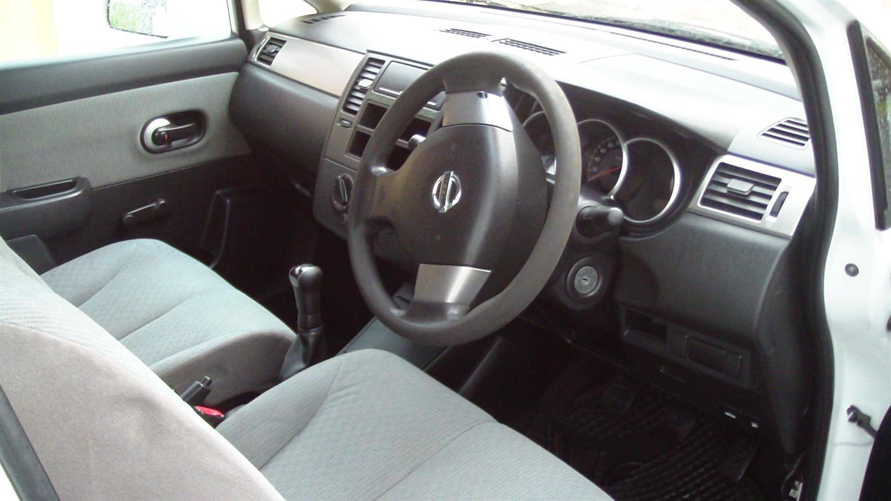 2007 Nissan Tiida sedan 1.6 Visia