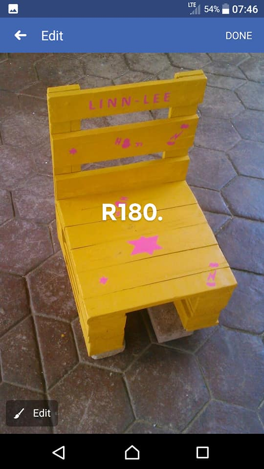 Yellow and pink Linn - Lee chair
