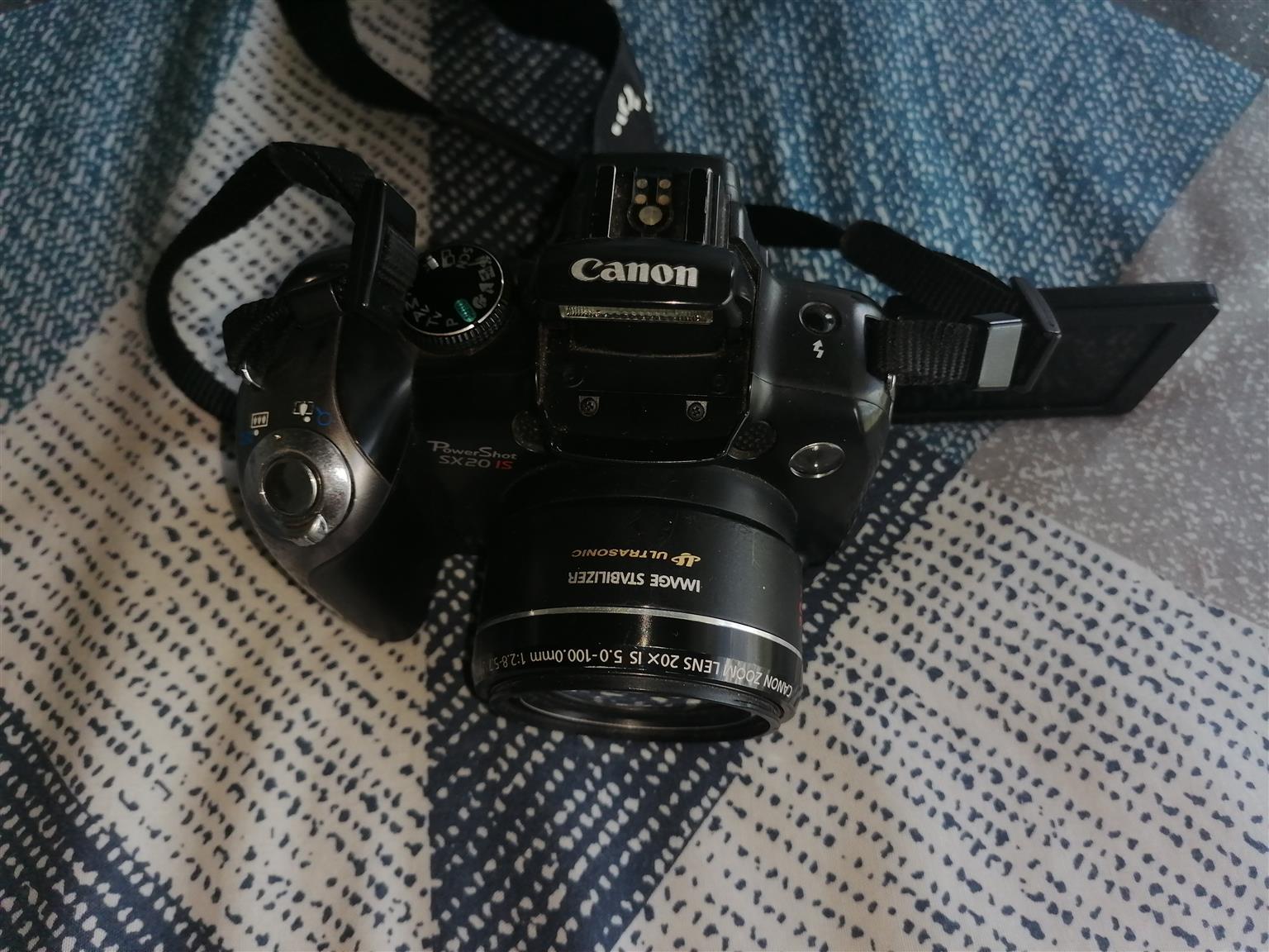 Canon Power shot SX 20 IS 12.1 mega pixels