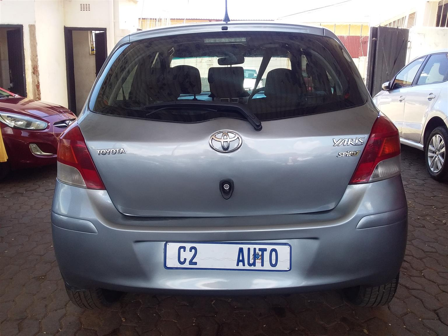 2010 Toyota Yaris 1.3 5 door T3