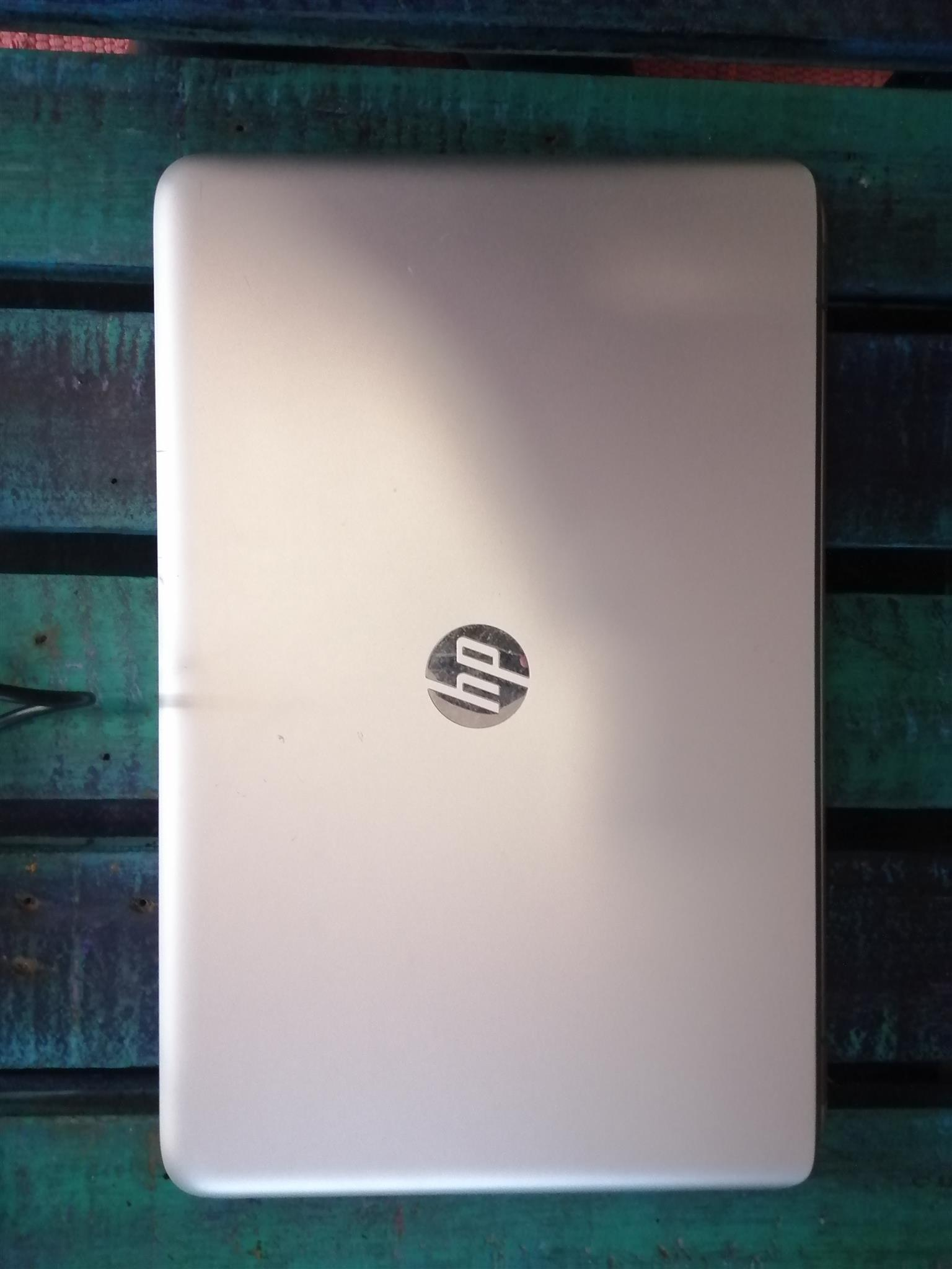 HP ENVY 17 INCH SMART TOUCH