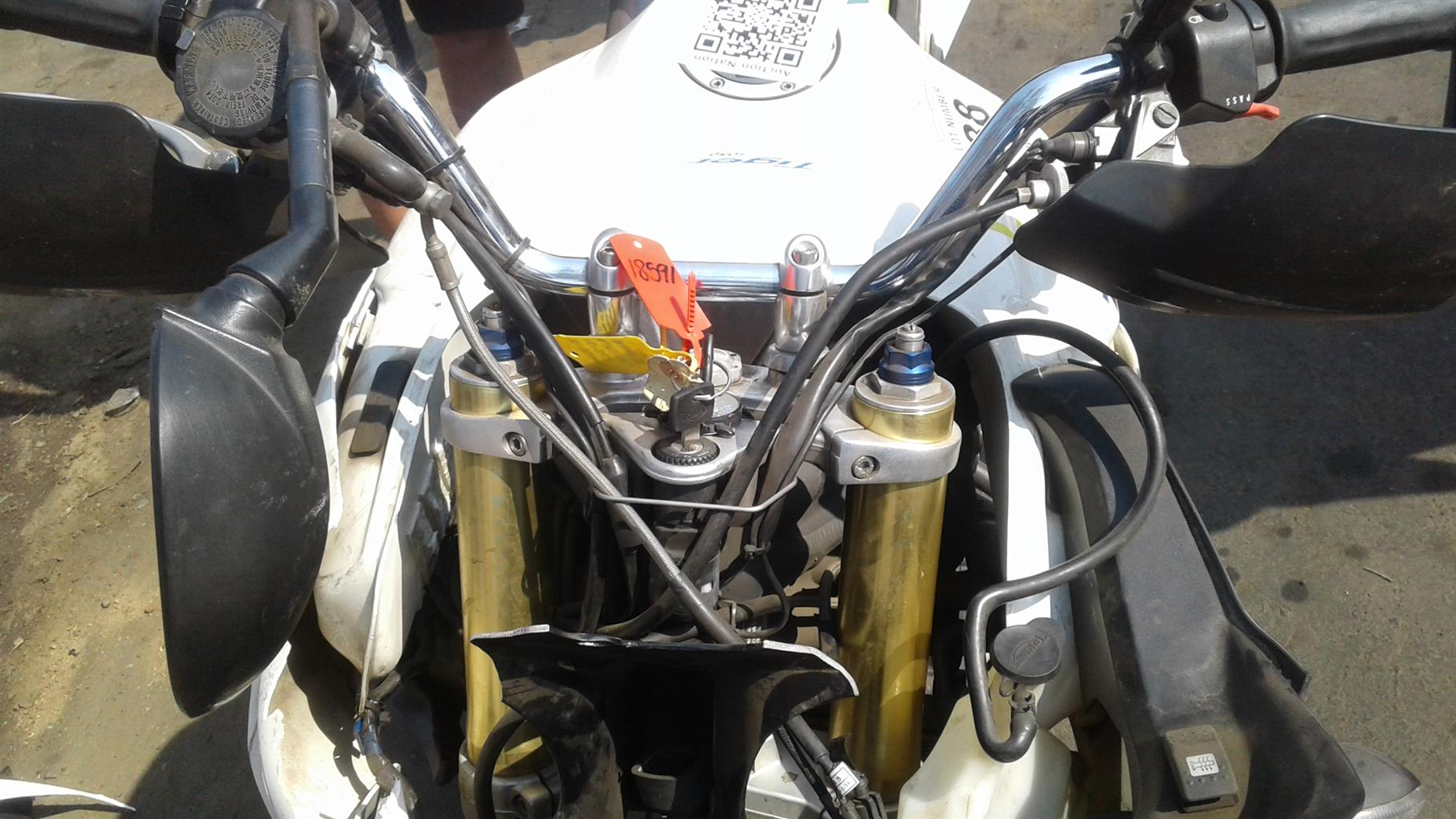 TRIUMPH TIGER 2008 1050CC STRIPPING FOR SPARES   | Junk Mail