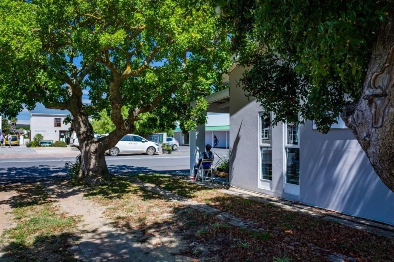 Business For Sale in STANFORD
