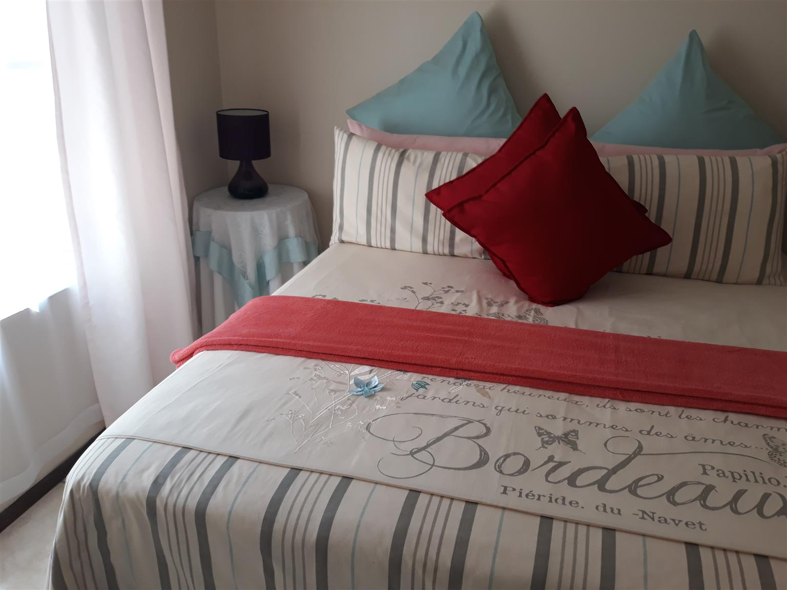 3Bedrooms with 2Bathrooms holiday home in Margate @ R1500 per night
