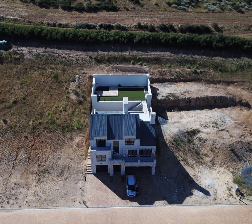 House For Sale in Weltevreden Hills Estate
