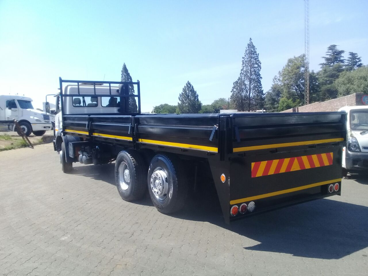BEST QUALITY DROP SIDE TRAILERS FOR BEST PRICE CALL US 0119141035/0635408390