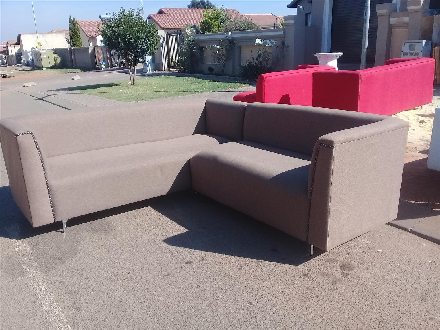 Couch clearance sale R2500 red or brown