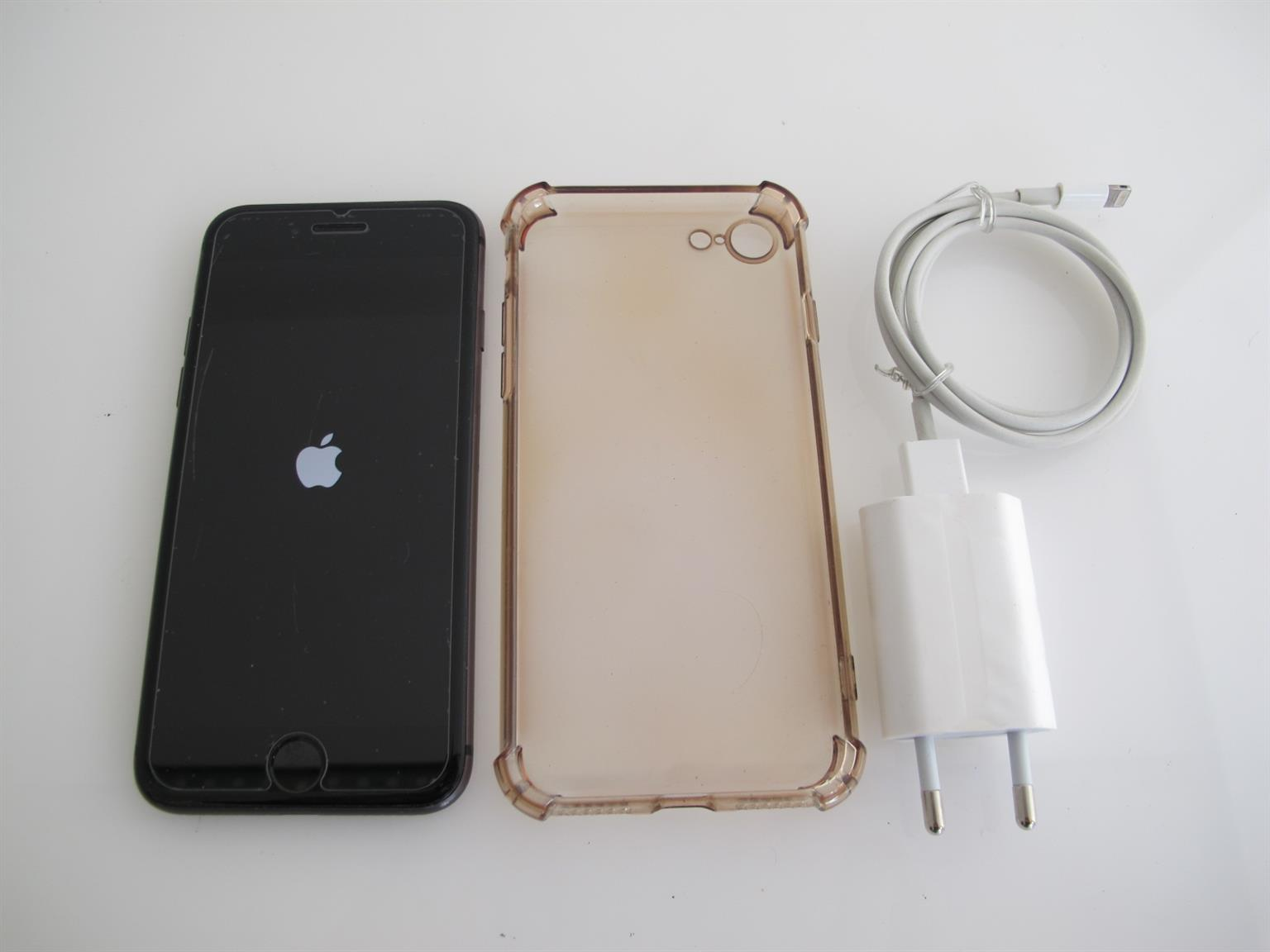 Apple iPhone 8 256GBGB Cell phone