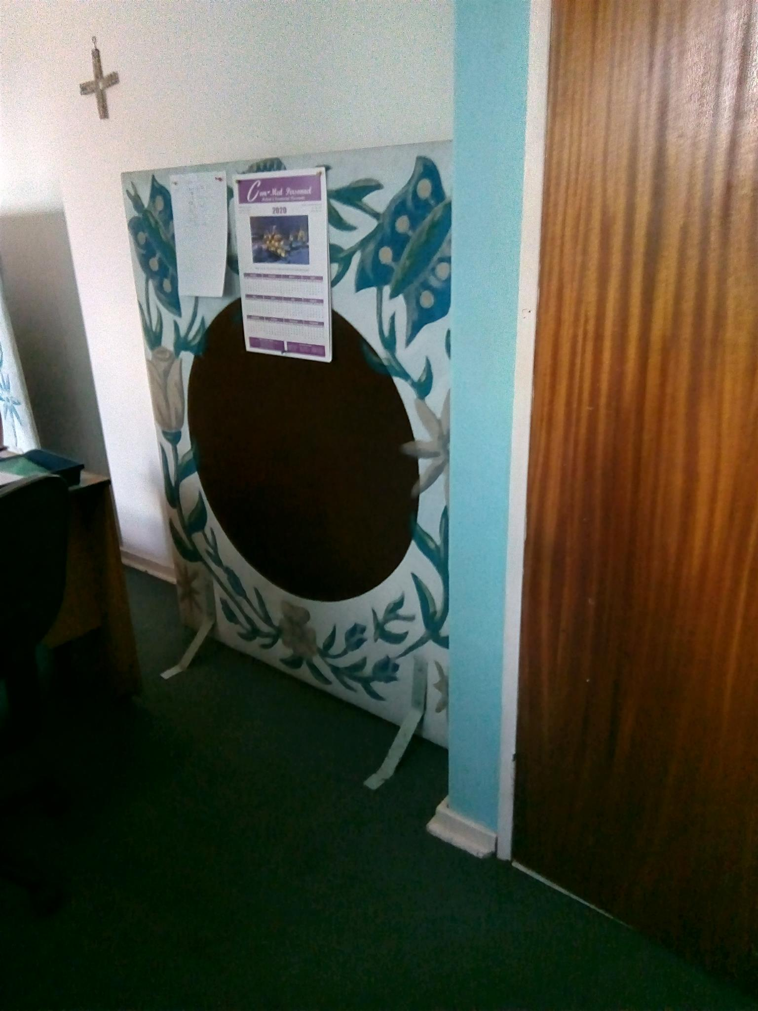 hand painted screen divider in blue and brown
