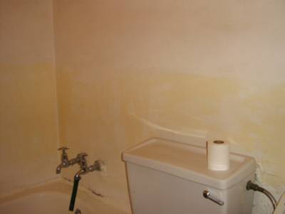 2 Beds, 2 baths Top floor apartment for sale in Florida!