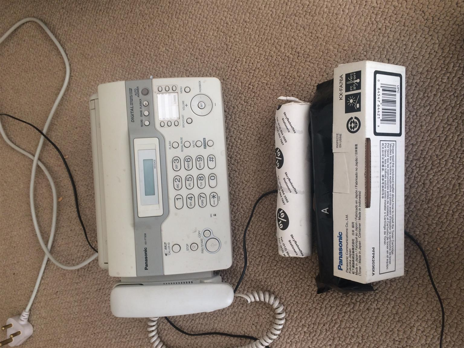 Panasonic KX-FT938 Telephone / Fax / Answering Machine (Digital Messaging System with Time/Day Stamp)