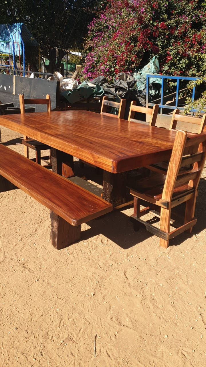 8 seat and table for sale - sleeper wood