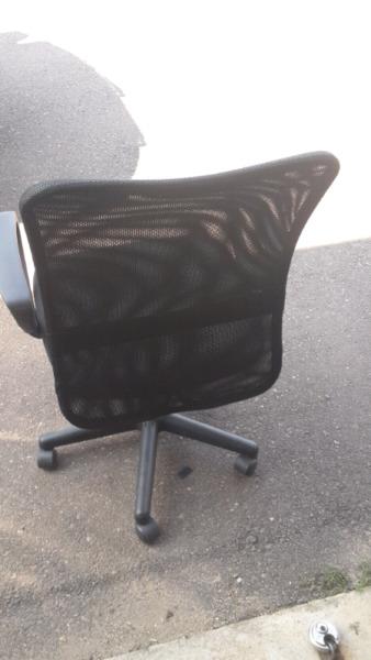 Brand New Mesh Back Chair