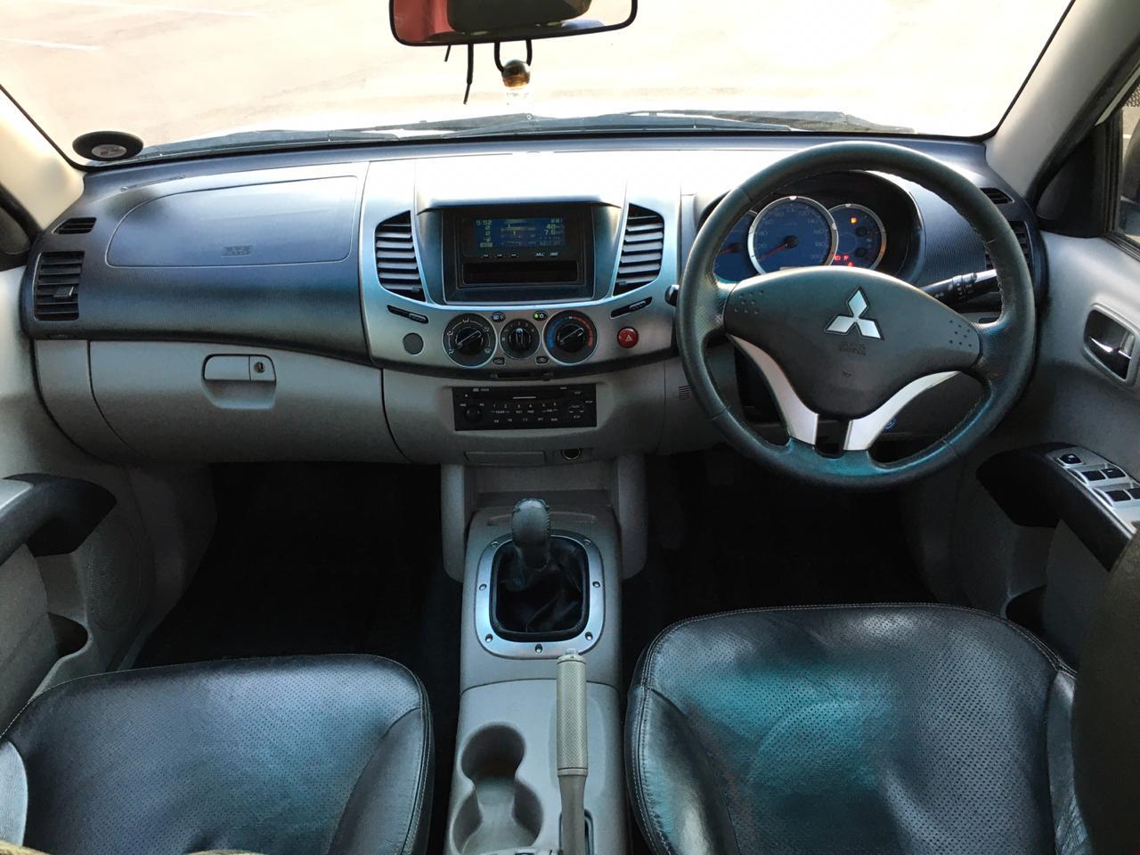 2010 Mitsubishi Triton 2.5DI D double cab