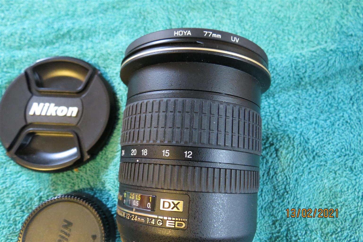 Nikon AF-S Nikkor 12-24 mm 1:4G ED lens