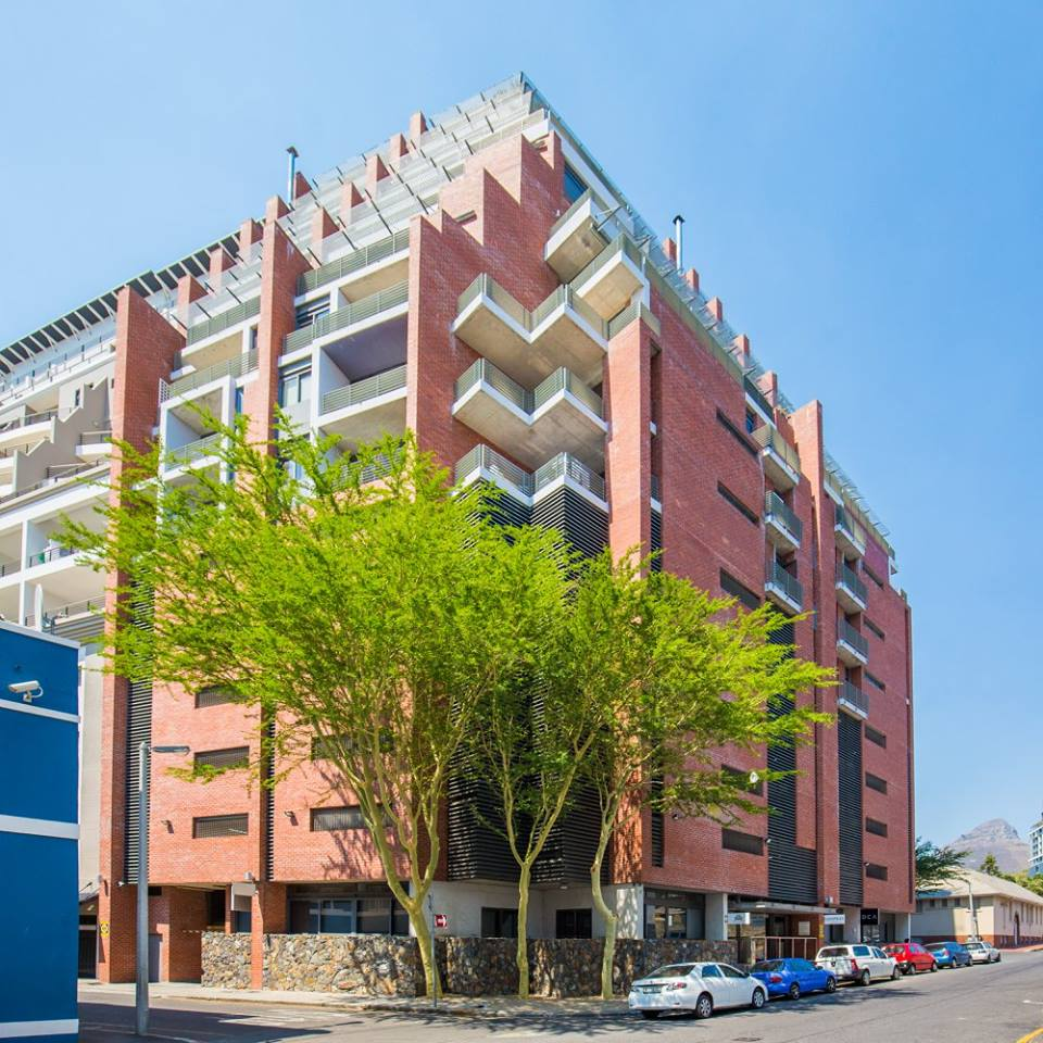GREEN POINT: 50m2 Offices To Let
