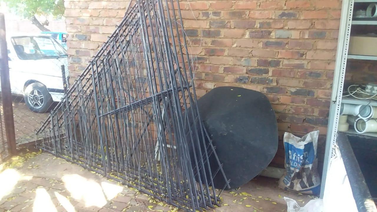 Lapa Panels & Steel Gate for sale