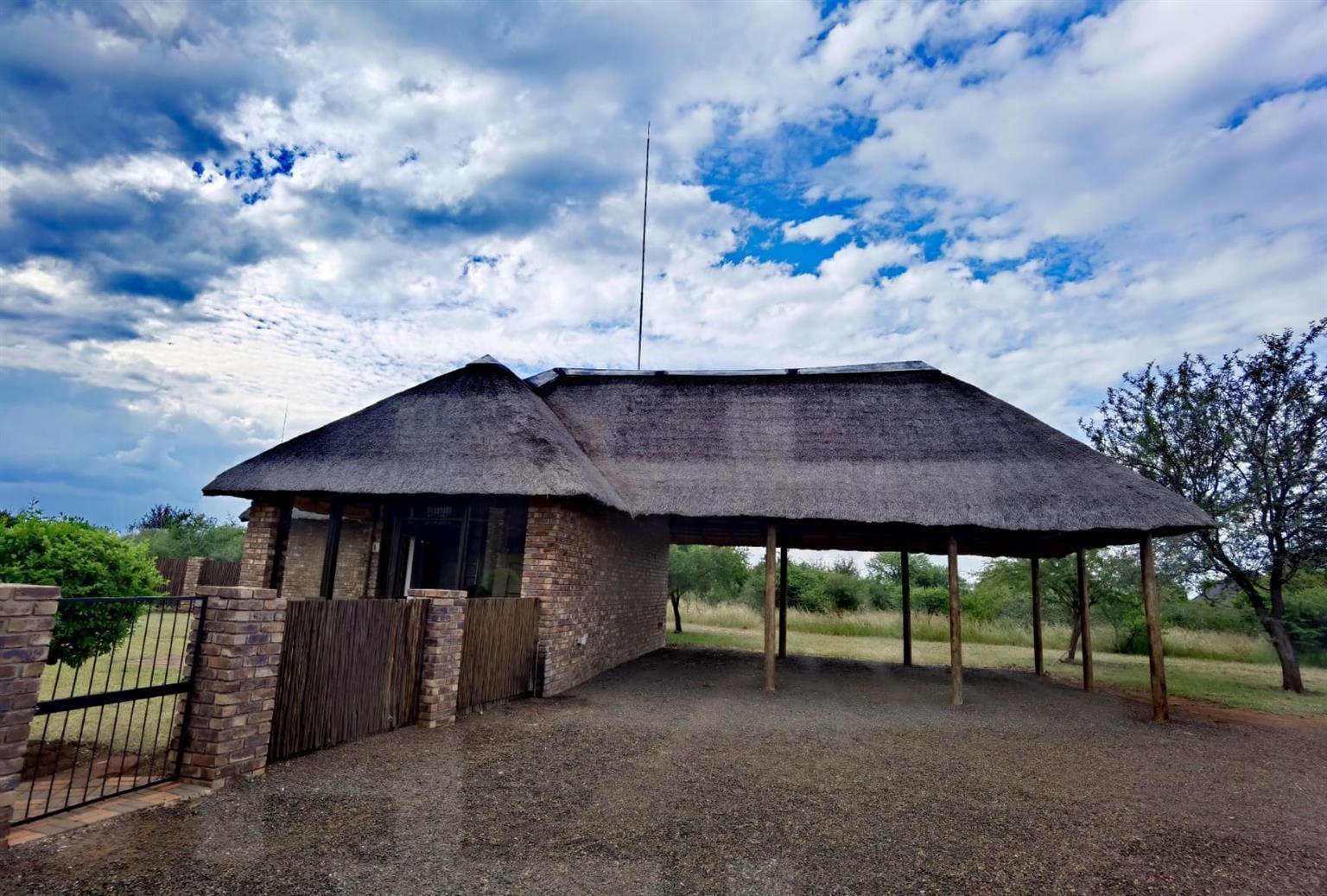 House For Sale in Sondela Nature Reserve