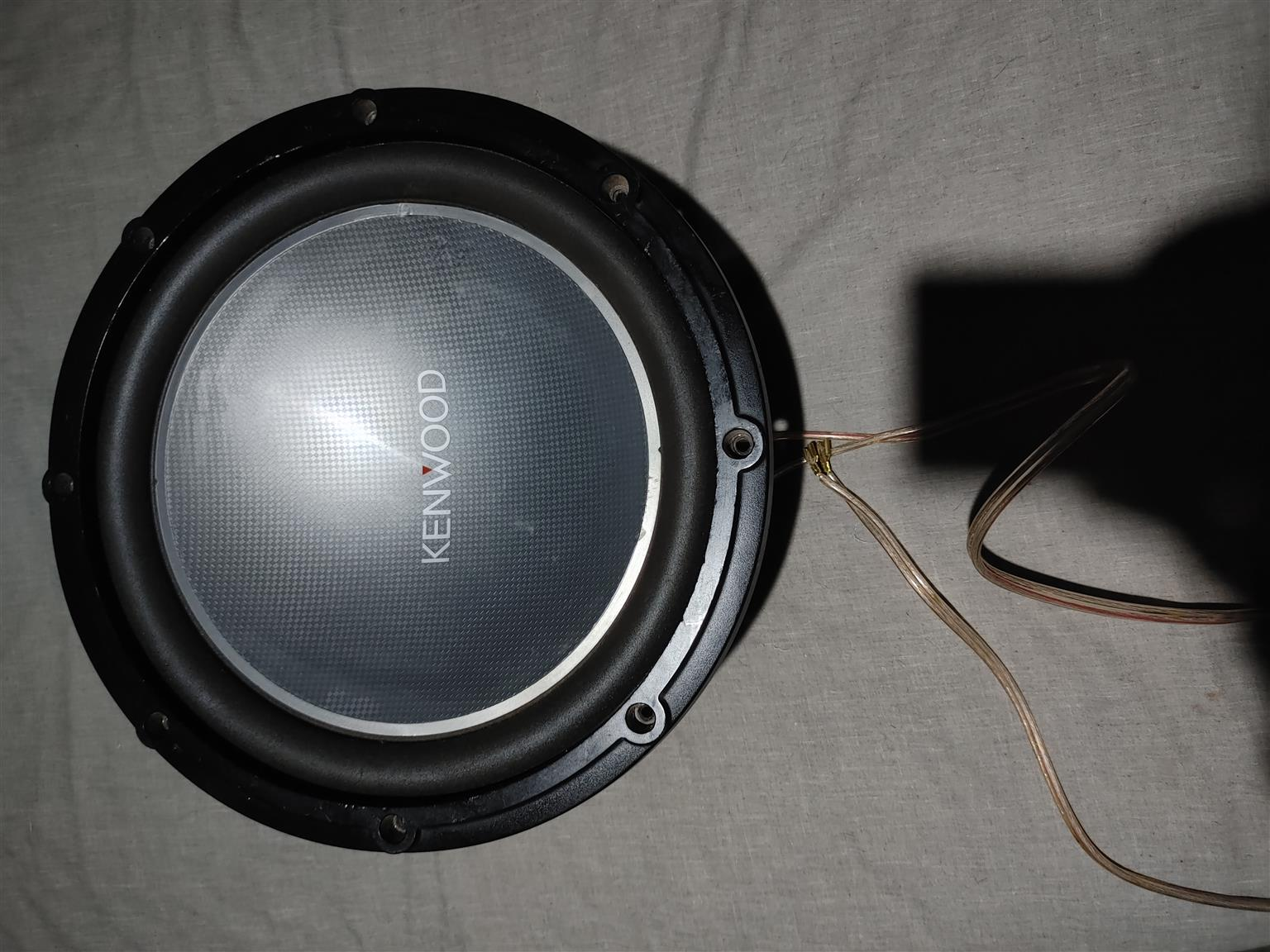 Xtc 8500w amplifier and Kenwood 1200w subwoofer with custom box