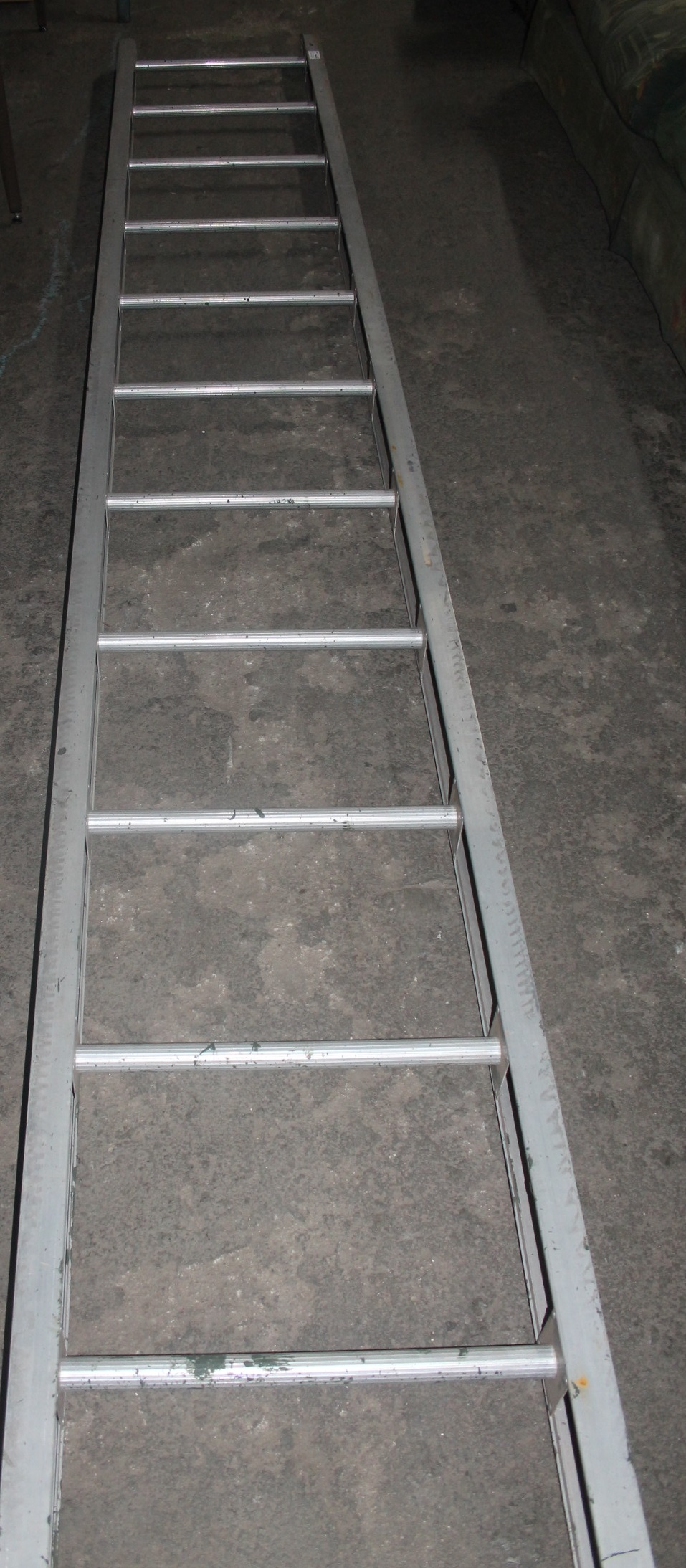 12 step step ladder S043236Y #Rosettenvillepawnshop