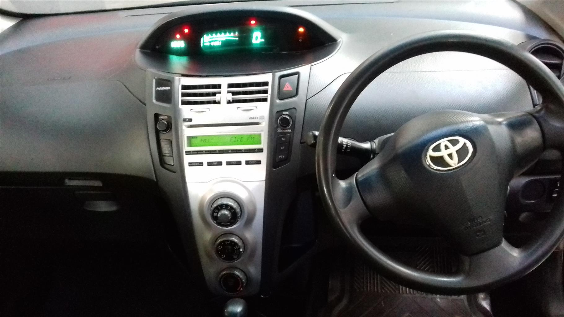 2007 Toyota Yaris 1.3 5 door T3+ automatic
