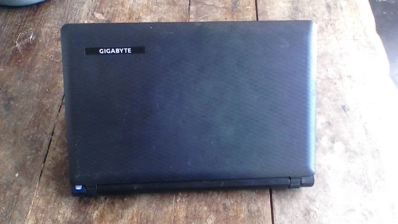 Intel atom N2800 Laptop