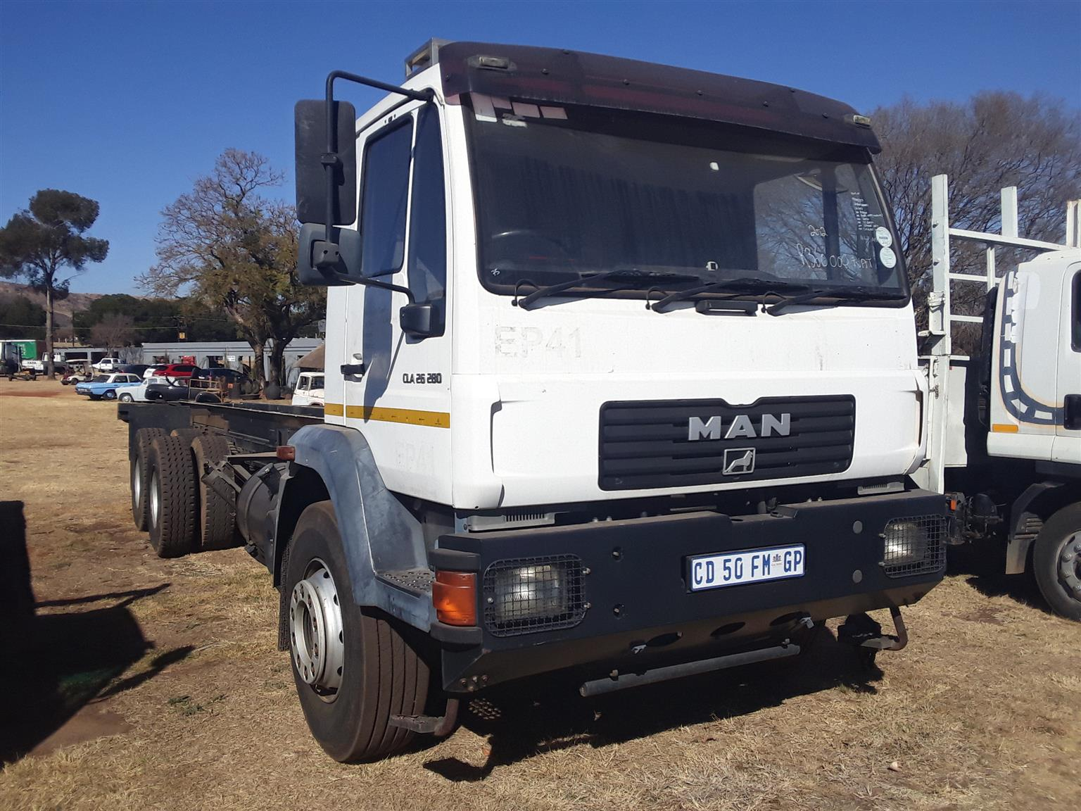 2012 MAN CLA26.280 chassis cab truck