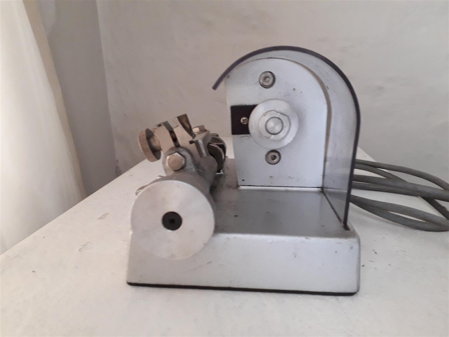 Bracelet cutter Bergeon no. 5683 A