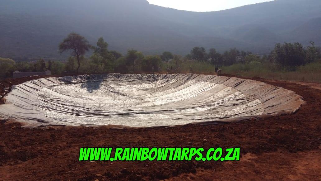 EARTH DAM LINERS/ GROND DAM VOERINGS/ DAM WATERPROOFING