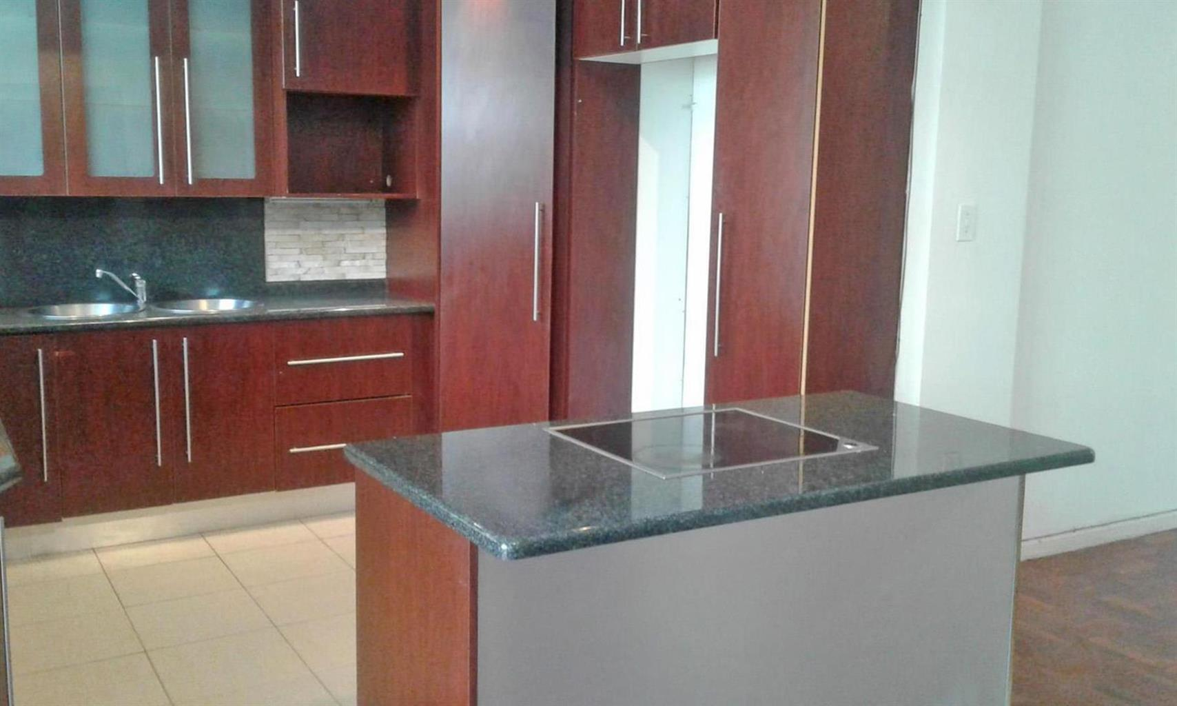 Apartment Rental Monthly in Observatory